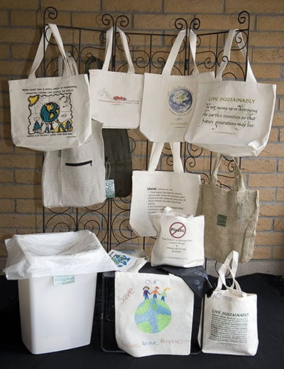 Organic cotton bags decorated with calligraphy