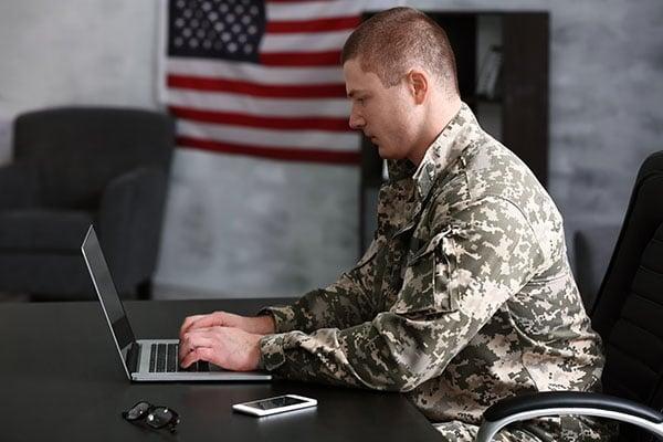 Soldier-overseas-ordering calligraphy online